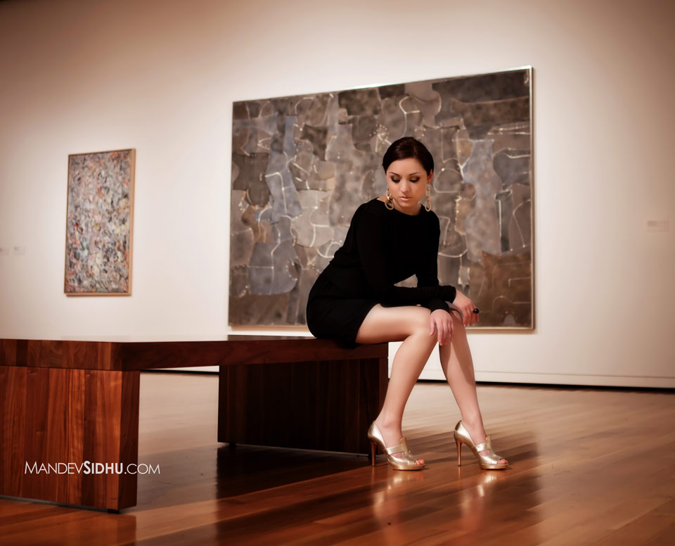 Black Dress at Seattle Art Museum Photo Shoot