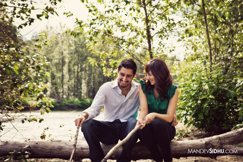 Snoqualmie Engagement Picture