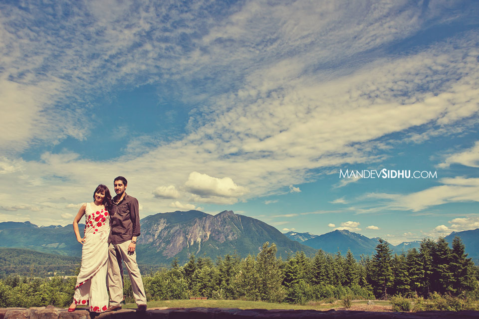 Beautiful Engagement Photo in Snoqualmie Washington