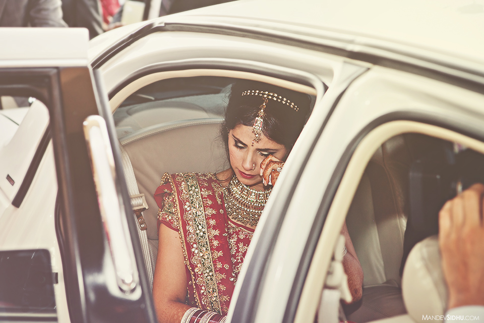 indian-reception-dholi-bride-tears