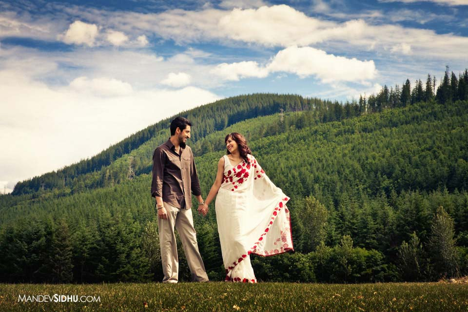 Engagement Picture at Snoqualmie Ridge