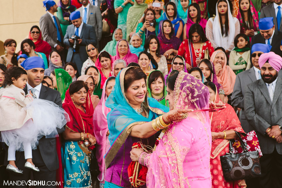sikh wedding milni