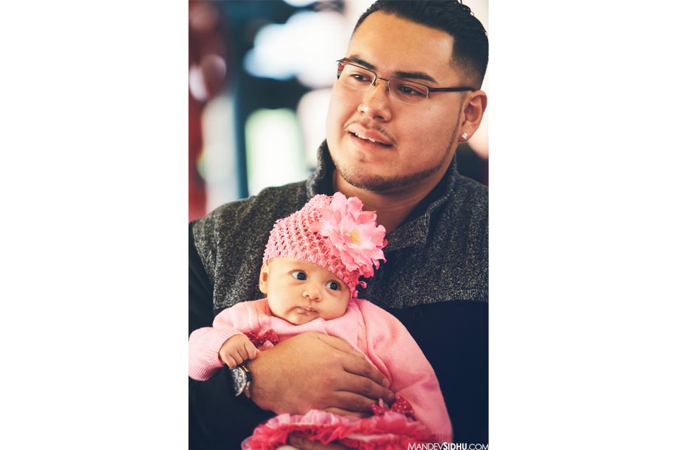 Dad and newborn daughter photo