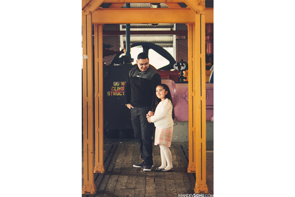 father and daughter portrait at Gasworks Park Seattle