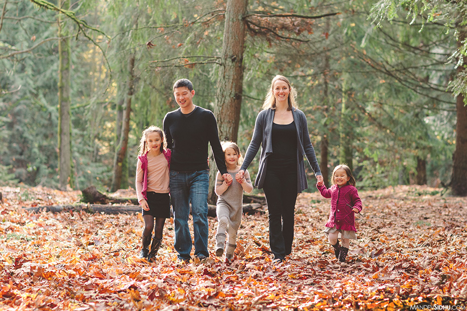 Family photo shoot Seattle's Woodland Park