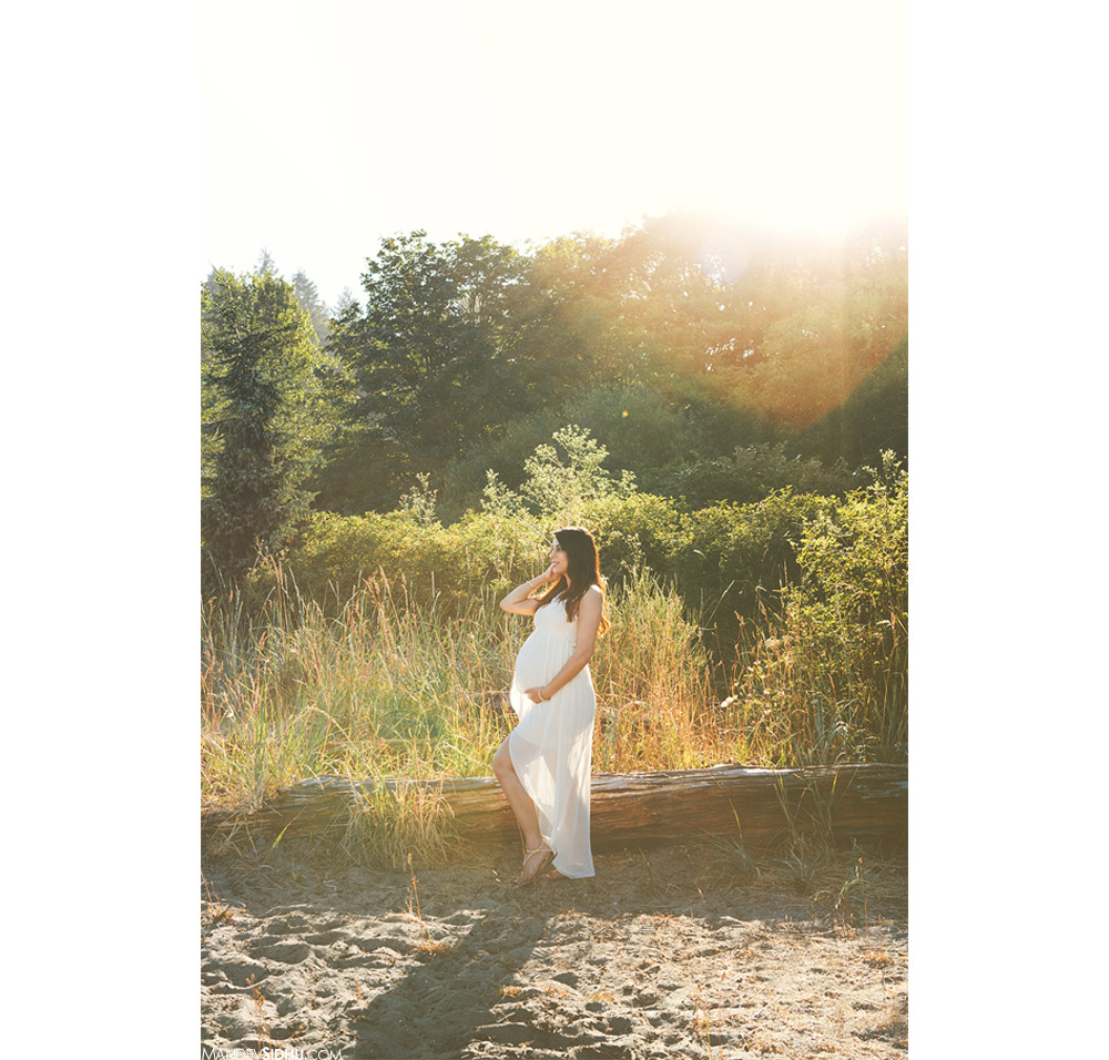 beautiful sunrise and trees maternity photos