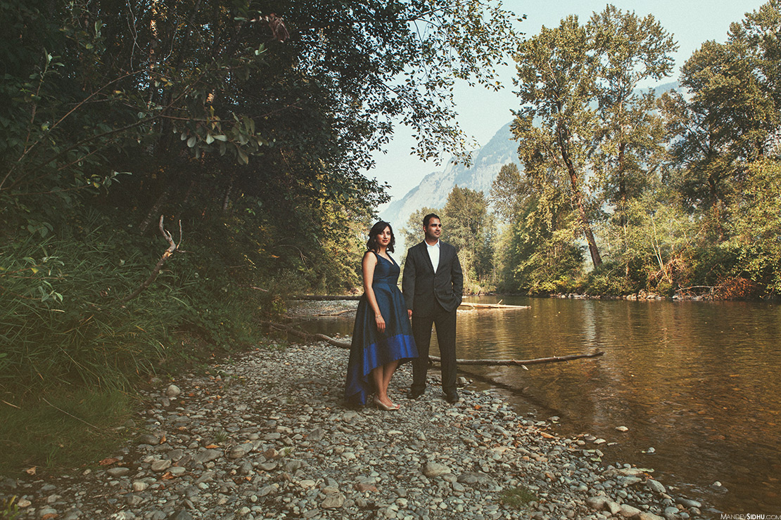 Snoqualmie River Engagement photography