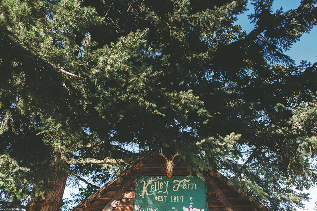 Kelley Farm rustic barn wedding